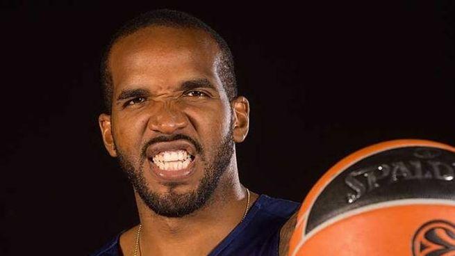 Il giocatore di basket giamaicano Samuardo Samuels, 29 anni