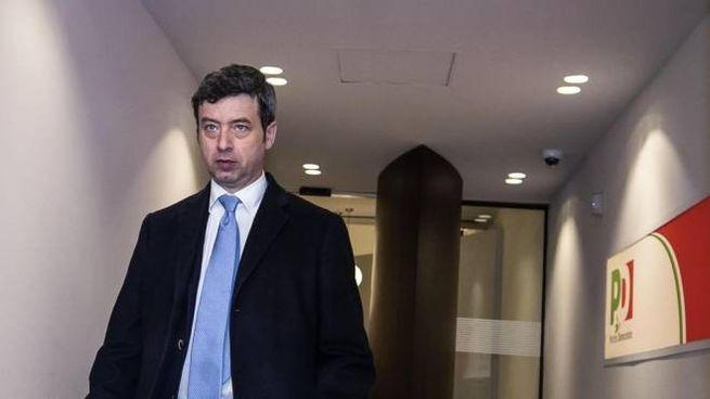 Il ministro della giustizia Andrea Orlando nella sede del Pd (Ansa)