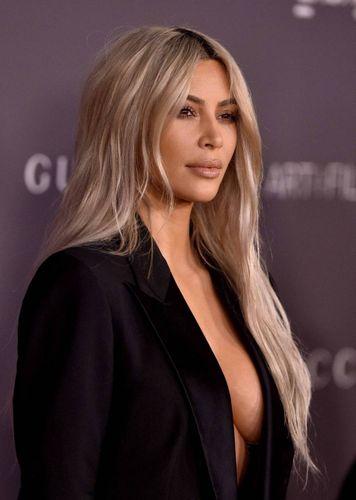 Kim Kardashian hot, esagera su Instagram. E i fan vanno in tilt