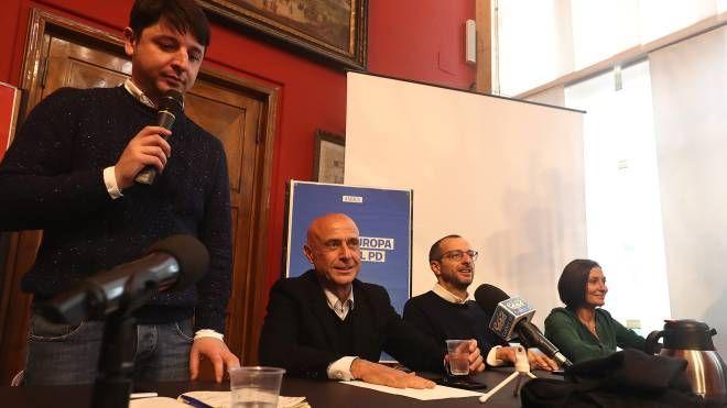 Da sinistra: Giovanni Gostoli, Marco Minniti, Matteo Ricci e Alessia Morani