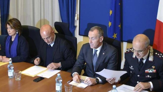 Il Comitato per la sicurezza con il ministro Minniti