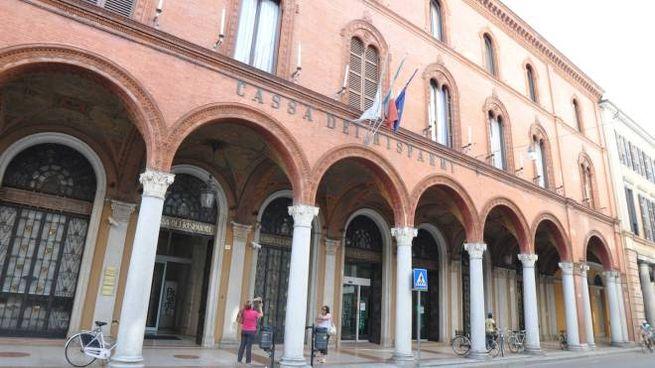 La storica sede della Cassa dei Risparmi in corso della Repubblica
