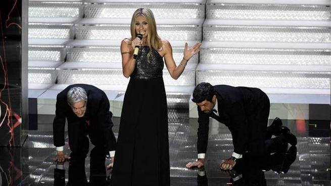 Sanremo 2018: Claudio Baglioni, Michelle Hunziker, Pierfrancesco Favino (foto Ansa)