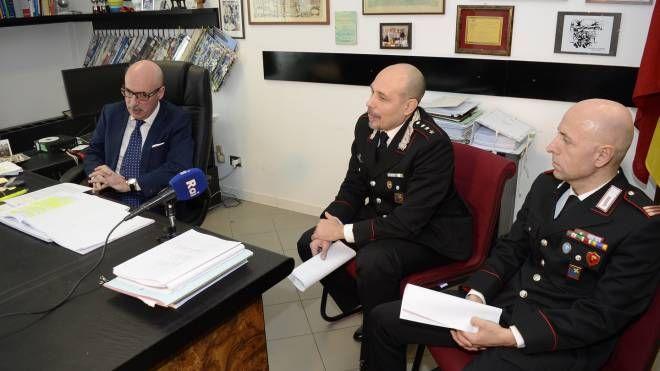 Il procuratore Domenico Chiaro, il capitano Vincenzo Scabotti e il maresciallo Mario Coraglia