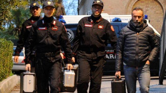 AL LAVORO I carabinieri stanno indagando sulla morte di Pamela (Calavita)