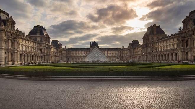 Una veduta del Louvre (foto Betty Colombo)