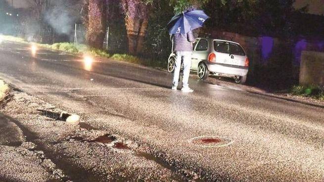 Il corpo  di Azkaa Riaz è stato trovato lungo la strada provinciale 485