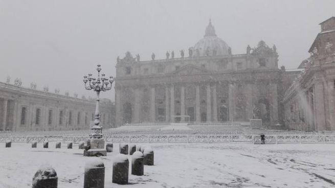 Roma investita da una forte nevicata (Giovanni Rossi)