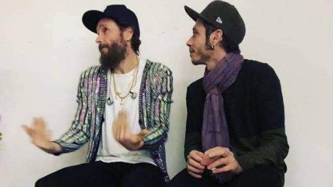 Jovanotti e Valentino Rossi nei camerini insieme (foto da Istagram)