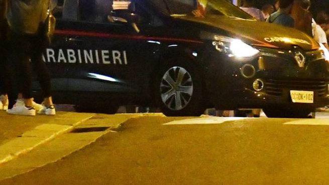 Controlli dei carabinieri a Cantù