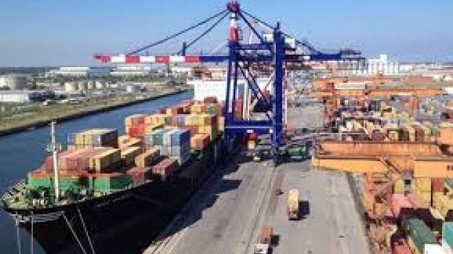 Il Terminal container Ravenna