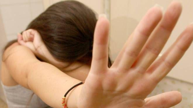 Abusi su minori, foto generica (Foto Germogli)