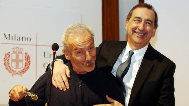 Giovanni Storti col sindaco Beppe Sala (LaPresse)
