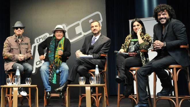 J-Ax, Al Bano, Costantino della Gherardesca, Cristina Scabbia e Francesco Renga (Newpress)