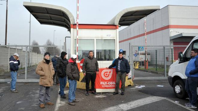 Il grido disperato dei lavoratori è stato raccolto da Nicola Aversa