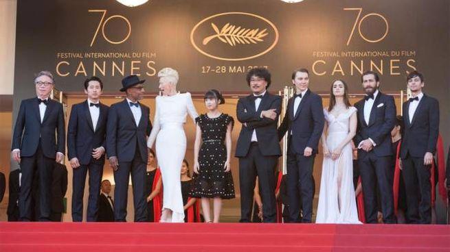 Il red carpet di 'Okja' al Festival di Cannes 2017 – Foto: Xinhua/Xu Jinquan/LaPresse