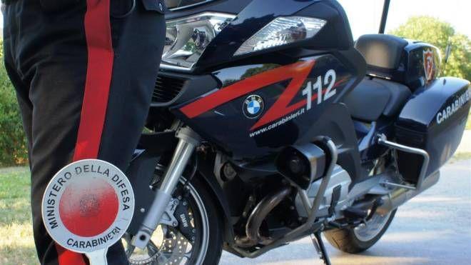 I carabinieri hanno arrestato un 57enne, accusato di maltrattamenti in famiglia