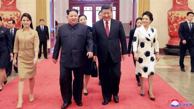 Kim Jong-un ospite del presidente cinese Xi Jinping (Ansa)
