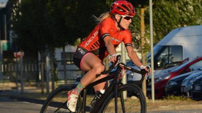 Ilaria Rinaldi durante una gara. La ciclista ha vinto anche un titolo italiano
