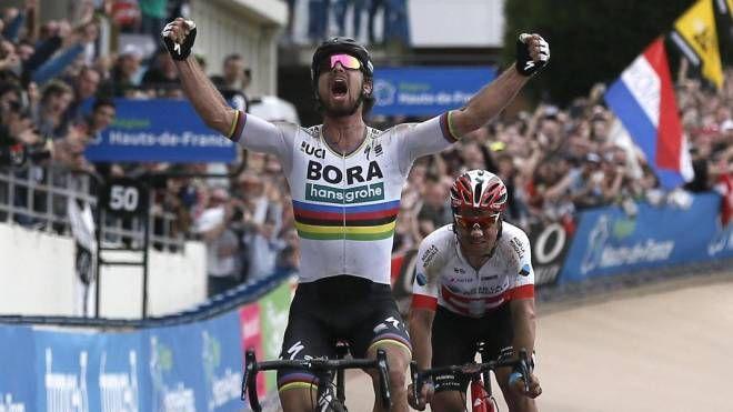 Peter Sagan vince la 116esima Parigi-Roubaix (Ansa)
