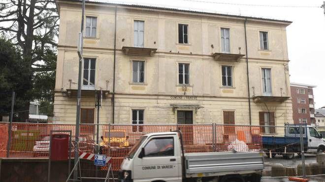 L'ex Ufficio d'Igiene in via Staurenghi