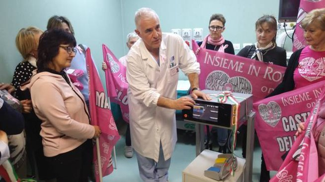 L'elettrobisturi donato all'ospedale di Massa Marittima