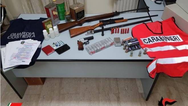 Le armi sequestrate