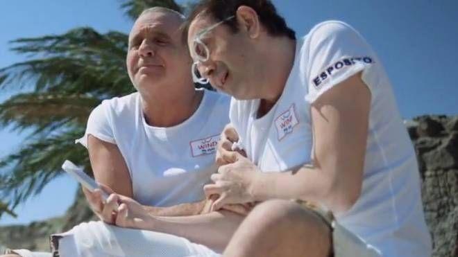 Giorgio Panariello  e Giovanni Esposito  in uno spot per Wind