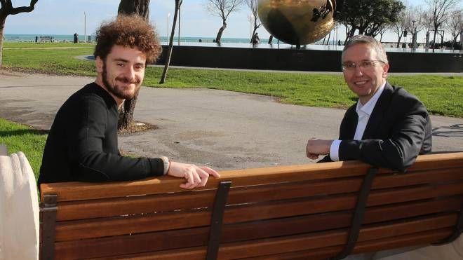 Giovanni Gasparini con il presidente della Regione Luca Ceriscioli (Fotoprint)