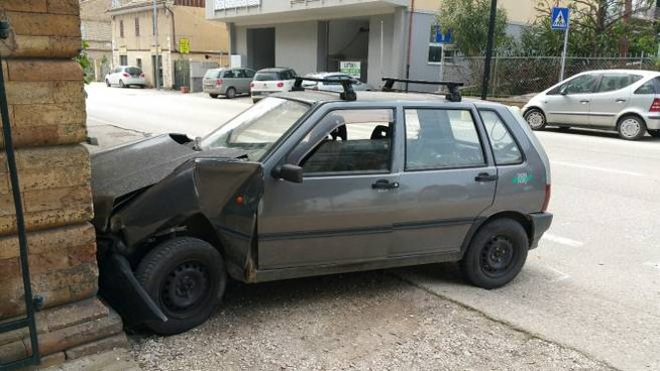 L'incidente a Porto San Giorgio (Foto Zeppilli)