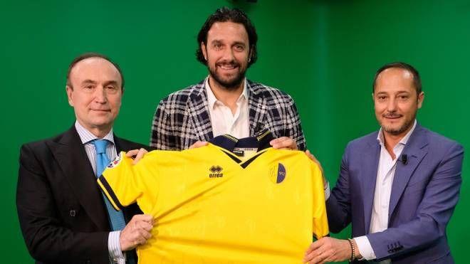 Da sinistra: Gianpiero Samorì, Luca Toni e Carmelo Salerno