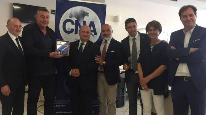 La premiazione di Roberto Grazioli, autotrasportatore di San Benedetto