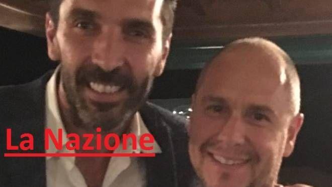 Buffon con uno dei titolari del ristorante, Gaspare Sassi