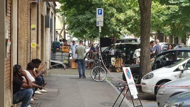 Riprese in corso al mercato di via Albani (foto Schicchi)