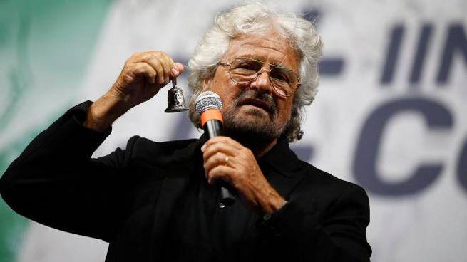 Roma, Beppe Grillo alla manifestazione del M5S (Lapresse)