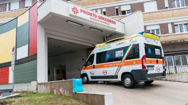 Immagine di repertorio di un'ambulanza (Foto Zeppilli)
