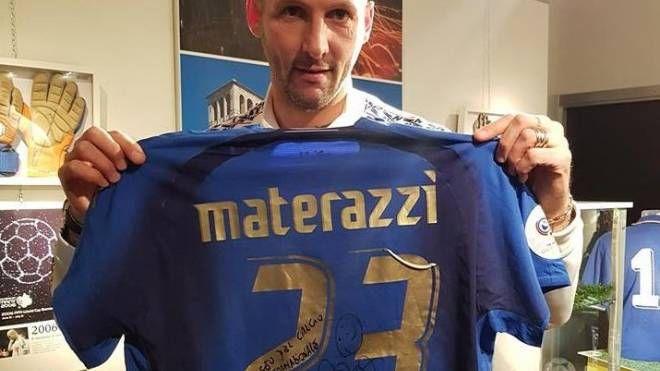 Il campione de mondo Materazzi in visita al museo del calcio