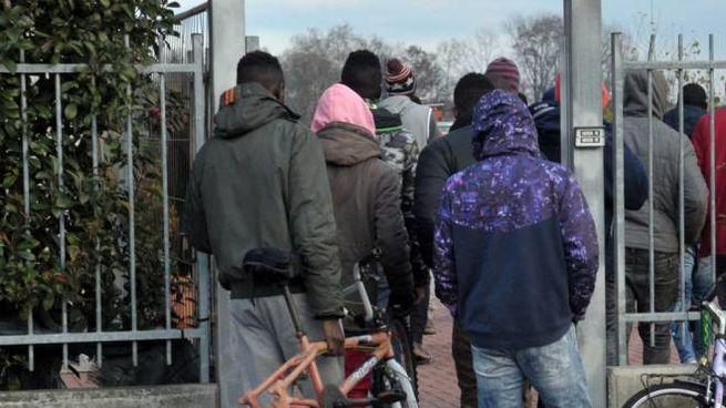Protesta di un gruppo di profughi (foto di repertorio)