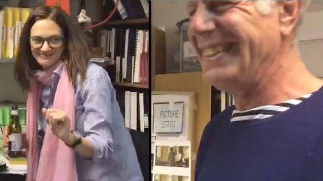 Asia Argento e Anthony Bourdain sorridenti nell'ultimo video postato su Twitter