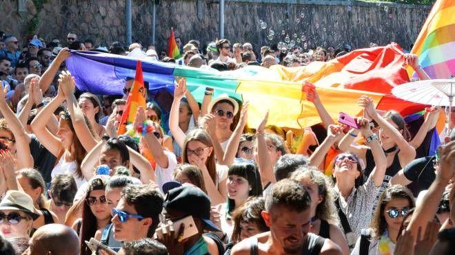 Un'immagine dell'edizione 2017 del Varese Pride