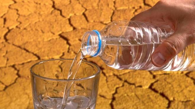 Acqua fresca nel deserto (Foto: ugurhan/iStock)