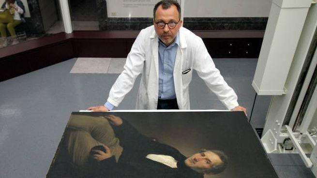 Andre Carini nel laboratorio trasparente