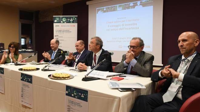 Il tavolo dei relatori del convegno (foto Fiocchi)