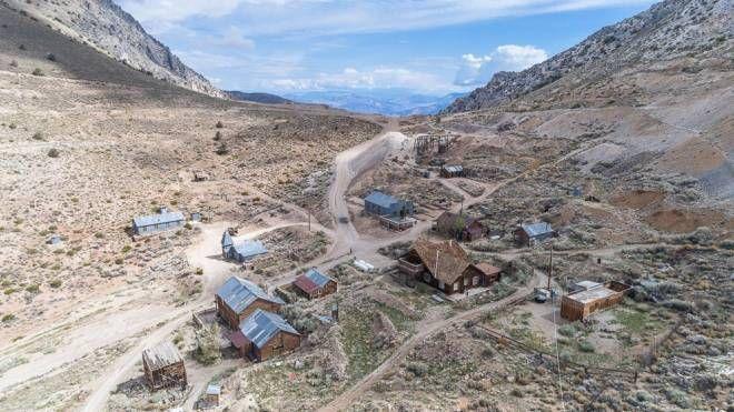 La ghost town del Far West in vendita - Foto: bishoprealestate.com