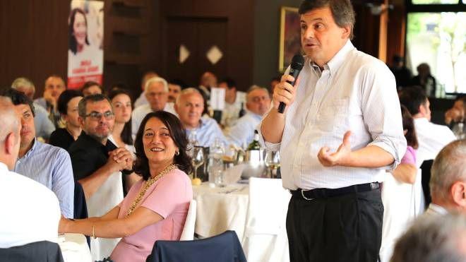 L'ex ministro Carlo Calenda al Molino Rosso ospite del centrosinistra
