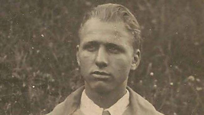 Lorenzo Scaramella nacque il 3 giugno 1919 a San Pietro di Samolaco