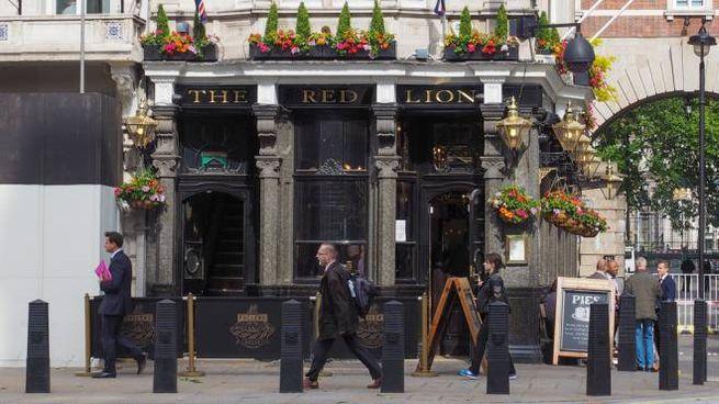 The Red Lion è il nome di pub più diffuso nel Regno Unito - Foto: claudiodivizia/iStock