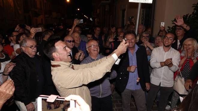 La festa di Nazareno Franchellucci rieletto sindaco (foto Zeppilli)