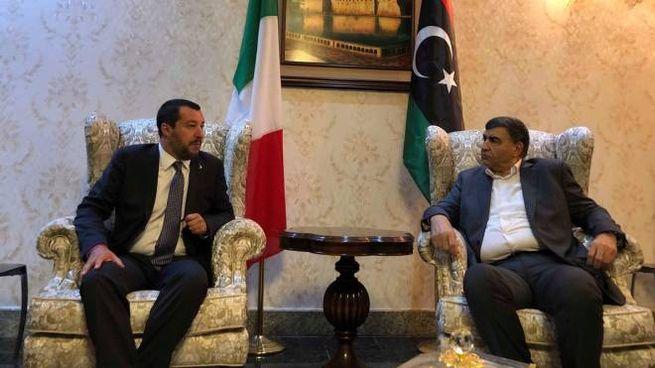 Salvini con il ministro dell'Interno libico Abdulsalam Ashour (Dire)