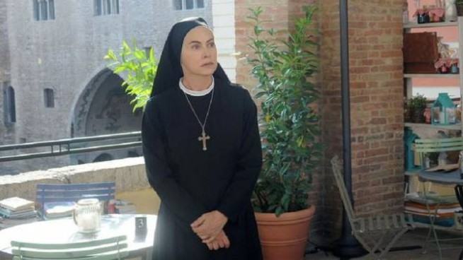 La serie ha come protagonista Elena Sofia Ricci